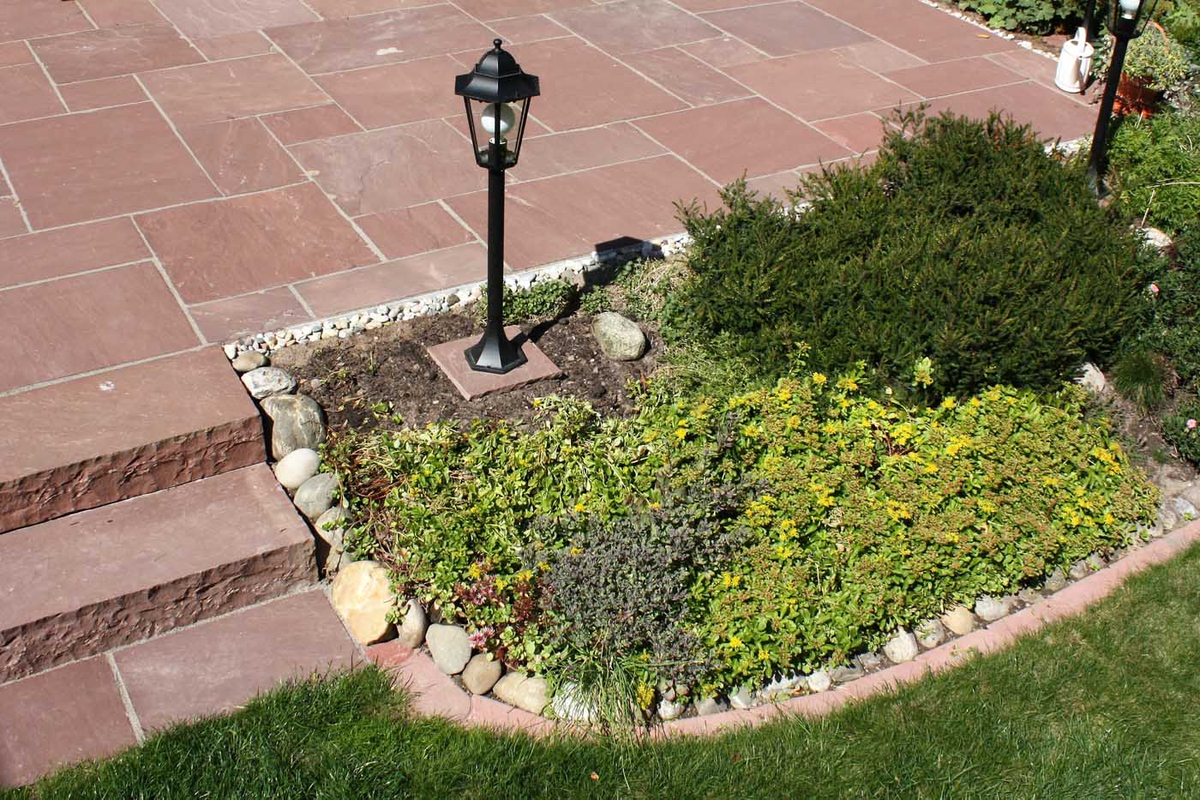 Gartengestaltung Mit Naturstein: Gartengestaltung In Sandstein Rot